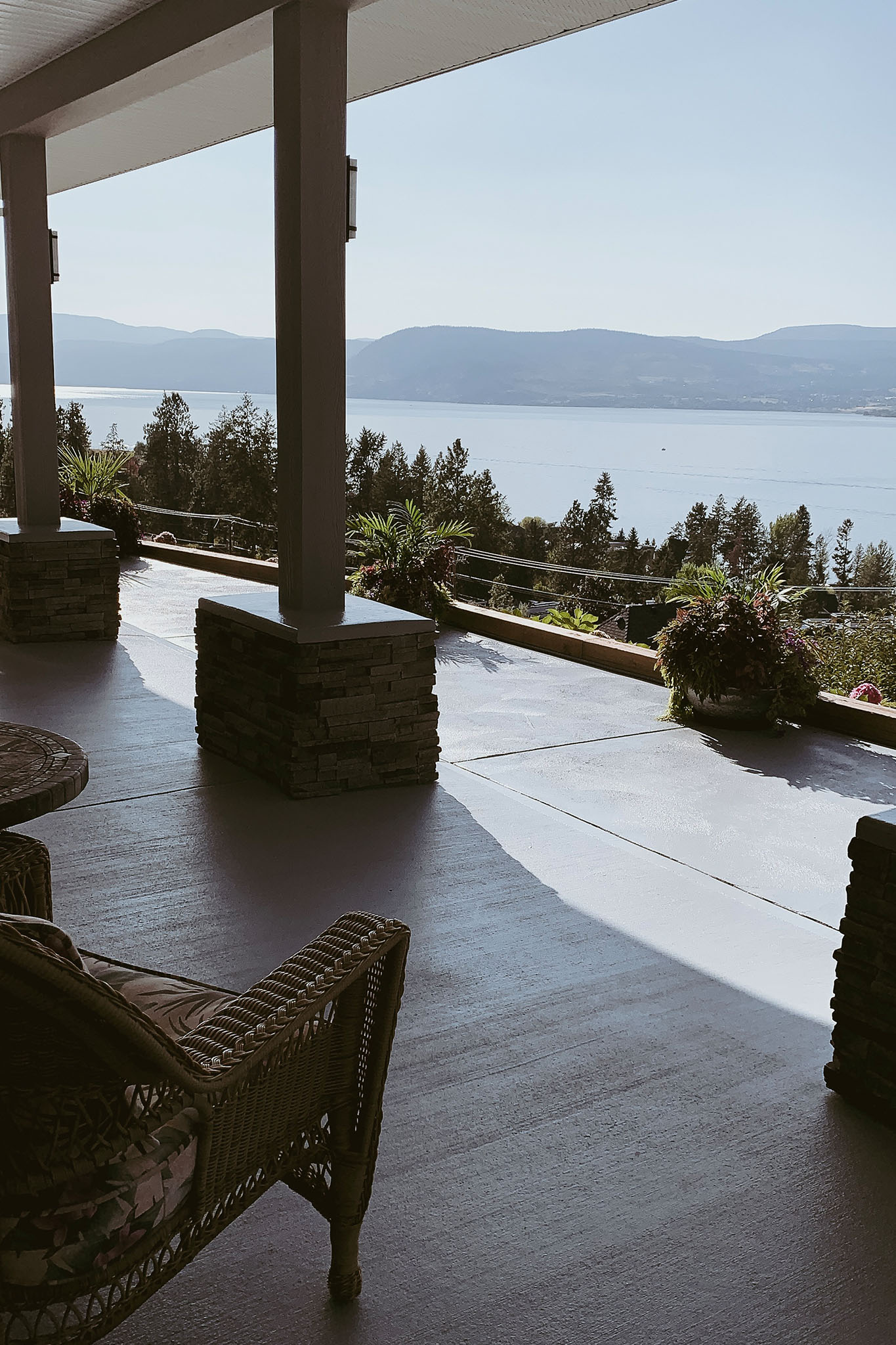 Simply Tira | Kelowna Lakeview B&B
